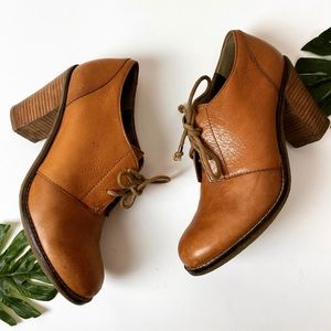 Banana republic leather oxford booties 8